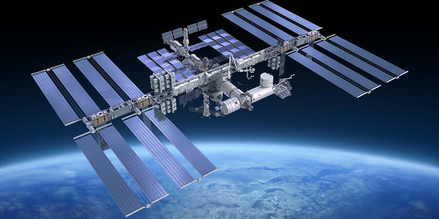 ISS-solar-panels.jpg